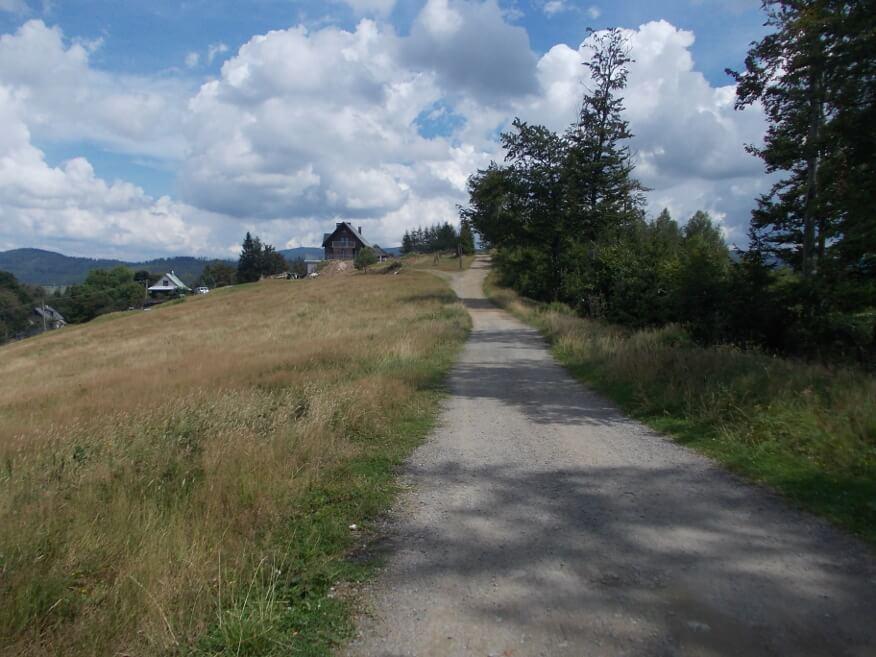 Zabudowania w okolicy Trzech Kopców Wiślańskich