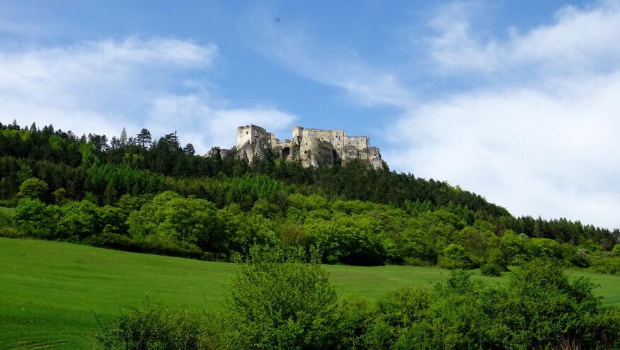 Zamek w Lietavie