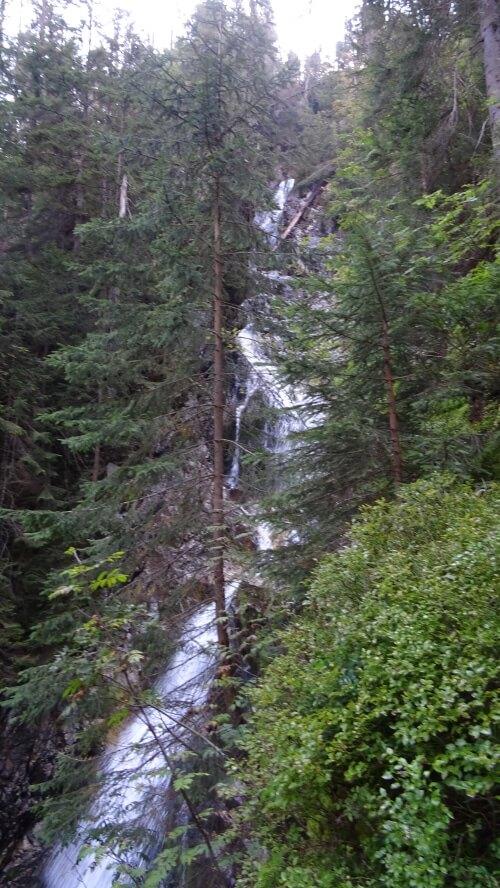 Pośrednia Niewcyrska Siklawa (Kmeťov vodopád)