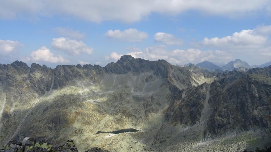 Mur Hrubego, Furkot, Rysy i Wysoka