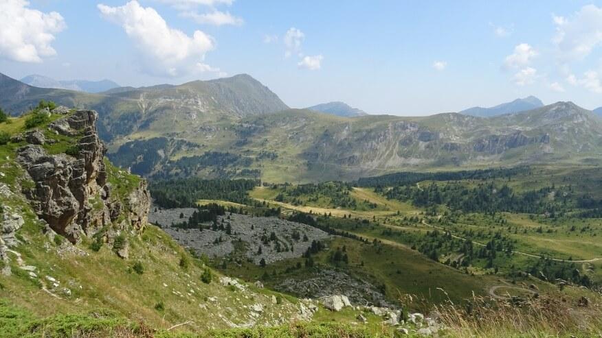 Widoki z podejścia na Krš Bogićevica