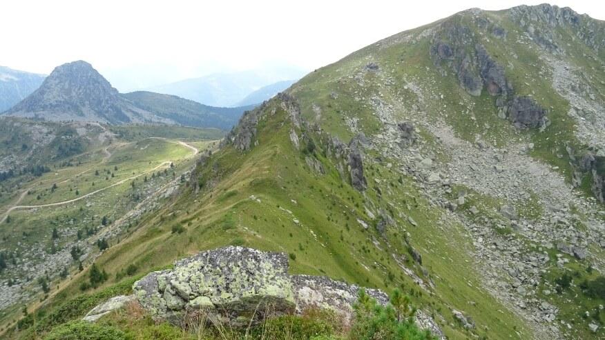 Tak wygląda zejście z Hridskiego Krša w drodze na Krš Bogićevica