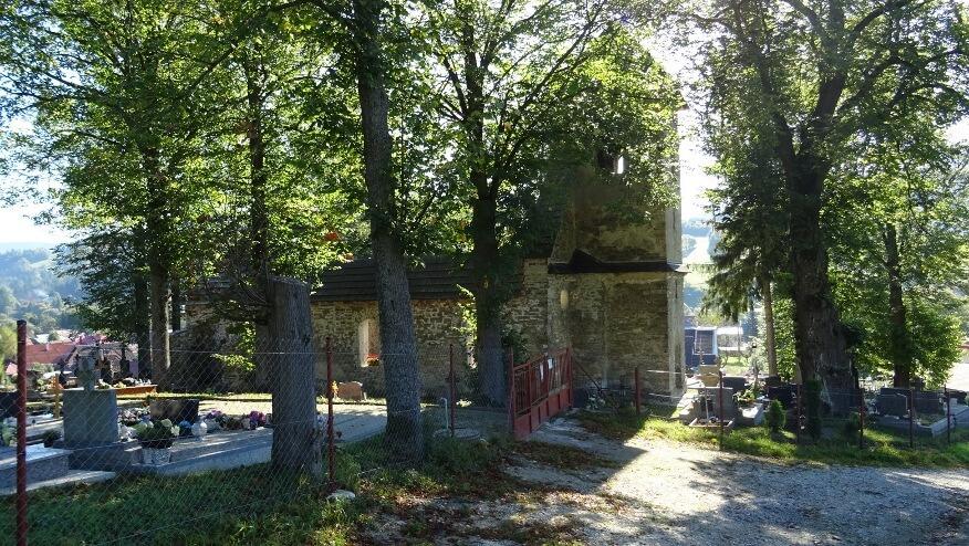 Stary zabytkowy kościół w Zázrivie