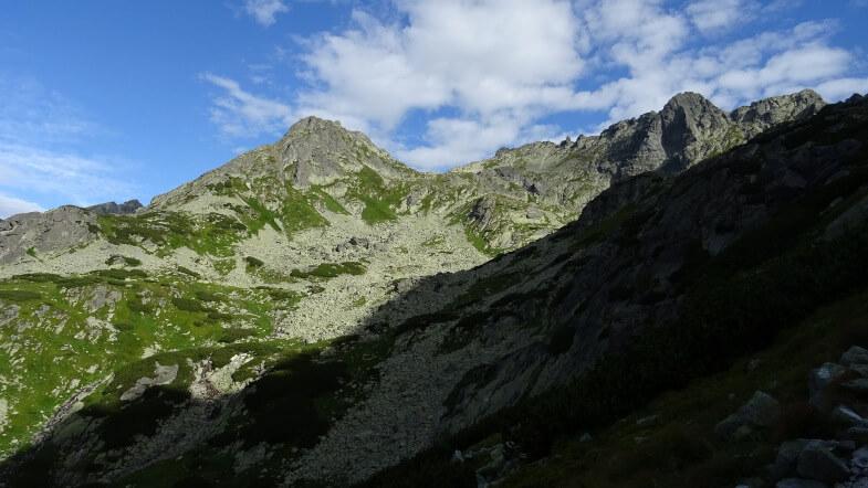 Wołowiec Mięguszowiecki, Wołowcowa Przełęcz i Wołowy Grzbiet